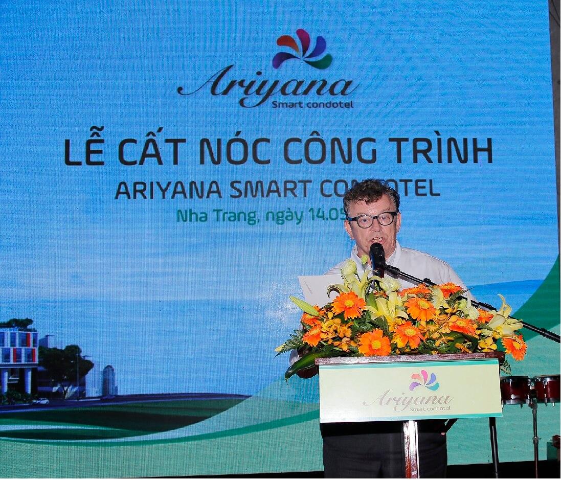 100 căn condote Ariyana Nha Trang được đặt mua dịp cất nóc