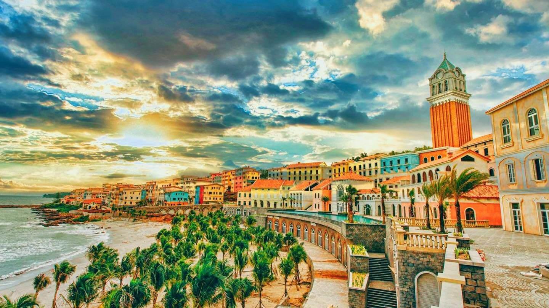 Hill Side Địa Trung Hải