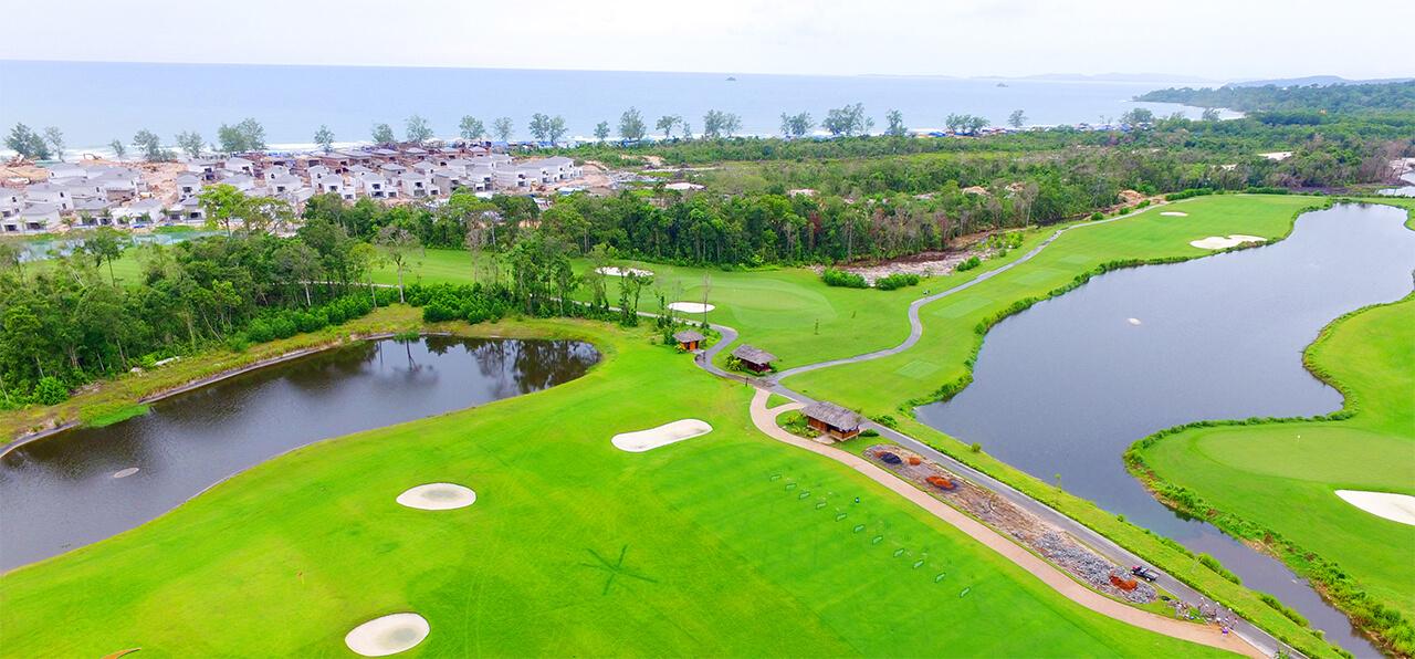 Quần thể nghỉ dưỡng Vinpearl Phú Quốc được chia làm bao nhiêu khu?